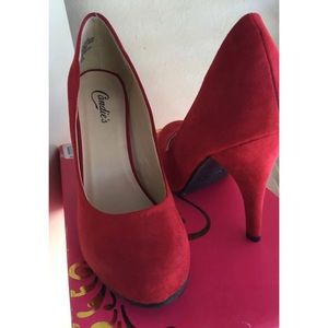 Red suede pumps (NWOT)